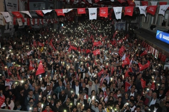 Tarsus Belediye Bşk.Adayımız Haluk BOZDOĞAN ve Büyükşehir Belediye Bşk. Adayımız Vahap SEÇER ile CHP Mitingine Katılımımız.-05
