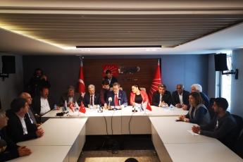 CHP Mersin İl Başkanlığı Binasında İl Başkanlığı Basın Toplantısına Katılımımız.-01