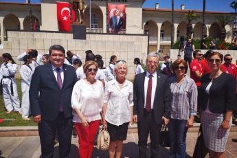 19 Mayıs Atatürk'ü Anma Gençlik ve Spor Bayramı Cumhuriyet Meydanı Protokol Resmi Töreni ve Kutlamalarına Katılımımız.-04