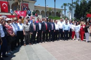 19 Mayıs Atatürk'ü Anma Gençlik ve Spor Bayramı Cumhuriyet Meydanı CHP İl Başkanlığı ve Halkımız ile Tören ve Kutlamalara Katılımımız.-04