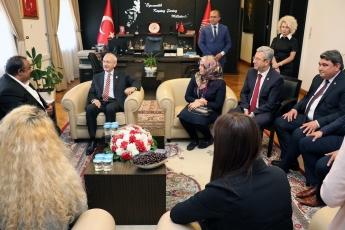 Akdeniz Roman Dernekleri Federasyonu Olarak Gelen Roman Vatadaşlarımız İle CHP Genel Başkanımızı Ziyaretimiz.-02
