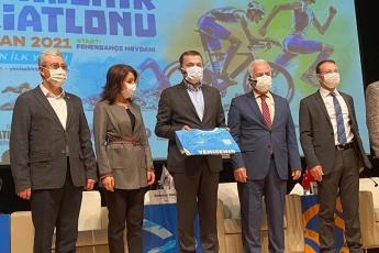 Yenişehir Belediyemizin katkılarıyla gerçekleşecek olan Yenişehir Triatlonu Lansmanına katıldık.
