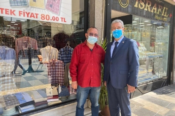 Bit Pazarı, Atatürk Caddesi Esnaflarımızı ziyaret ettik. Esnafımızın dertlerini yerinde dinledik. Partimizin çözüm önerilerini aktardık.