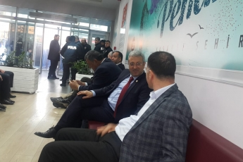 CHP Vekilleri ve Örgütü Olarak İstanbul Pendik'te İlçe Seçim Kurulu'nda Oyların Tekrar Sayımına Katılımımız.-03