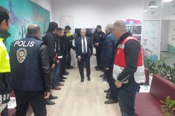 CHP Vekilleri ve Örgütü Olarak İstanbul Pendik'te İlçe Seçim Kurulu'nda Oyların Tekrar Sayımına Katılımımız.-17