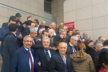 Örgütümüz, Milletvekillerimiz, PM üyelerimiz ve İstanbul İl Başkanımız Canan Kaftancıoğlu ile birlikte İstanbul Adalet Sarayında Basın Açıklamasına Katılımımız.-01