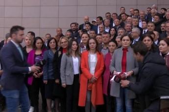Örgütümüz, Milletvekillerimiz, PM üyelerimiz ve İstanbul İl Başkanımız Canan Kaftancıoğlu ile birlikte İstanbul Adalet Sarayında Basın Açıklamasına Katılımımız.-02