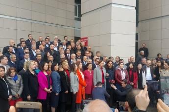 Örgütümüz, Milletvekillerimiz, PM üyelerimiz ve İstanbul İl Başkanımız Canan Kaftancıoğlu ile birlikte İstanbul Adalet Sarayında Basın Açıklamasına Katılımımız.-03