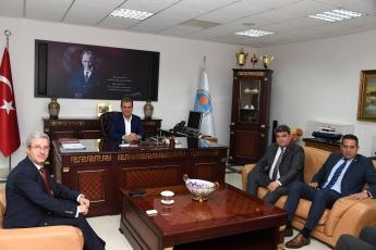 Mersin Büyükşehir Belediyesi Başkanımız Vahap SEÇER'i Nezaket Ziyaretimiz.-01