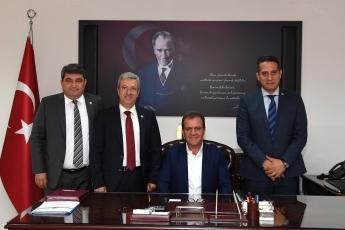 Mersin Büyükşehir Belediyesi Başkanımız Vahap SEÇER'i Nezaket Ziyaretimiz.-02