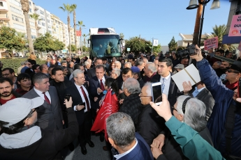 CHP Mersin Büyükşehir Belediyesi Başkan Adayımız Vahap SEÇER'i Karşılama ve Mersinlilerle Buluşma-02
