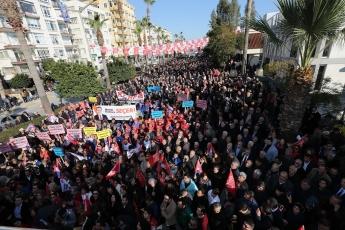 CHP Mersin Büyükşehir Belediyesi Başkan Adayımız Vahap SEÇER'i Karşılama ve Mersinlilerle Buluşma-05