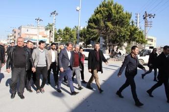 Büyükşehir Belediyesi Başkan Adayımız Vahap SEÇER'in Karaduvar ve Kazanlı Mahallelerinde Geçekleştirdiği Ziyaretlere Katılımımız.-02