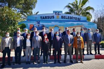 CHP Yerel Yönetimlerden Sorumlu Genel Başkan Yardımcımız Seyit Torun, Milletvekillerimiz Yaşar Tüzün, Cavit Arı, Burhanettin Bulut, Cengiz Gökçel, Ali Mahir Başarır ve İl Başkanımız Adil Aktay ile birlikte Tarsus Belediye Başkanımız Haluk Bozdoğan'ı ziyaret ettik.