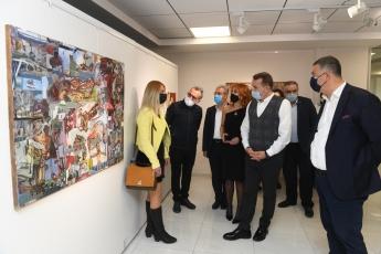 """Mersin Yenişehir Belediyesi Sanat Galerisi Tarafından Düzenlenen ve Mersin'de Üretim Yapan 64 Sanatçının Bir Araya Geldiği """"Frekans – A"""" Karma Sergisinin Açılışına Katıldık."""