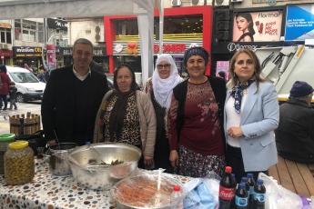 Eski Yoğurt Pazarı Parkında Akdeniz Renkli Eller Kadın Girişimi Üretim ve İşletme Kooperatifi Kermesine Katılımımız.-003
