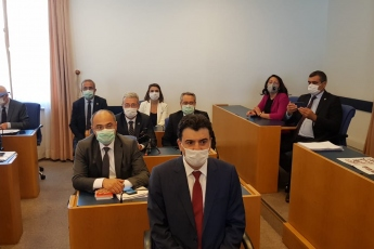 2020-07-23 - AKP'nin sansür, yasaklama ve fişleme önerisi olan Sosyal Medya Yasa Teklifini görüşmek üzere Mecliste Adalet Komisyonu'nda toplandık - 1
