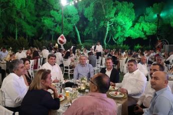Mehmet-Derya İkmaz Çiftininin Düğün Törenine Katılımımız.