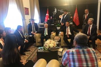 CHP Mersin Mezitli İlçe Başkanlığı ve Örgüt Temsilcilerinin TBMM'de CHP Genel Başkanı Kemal KILIÇDAROĞLU'nu Ziyareti.-01