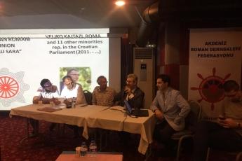Mersin Atlıhan Hotel'de Roman Medya Ağı Sempozyumuna (Güçlü Roman Sesi) Katılımımız.-04