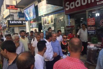 Mersin Büyükşehir Belediye Başkanı Sayın Vahap Seçer ile Mersin Çarşı Esnafını Ziyaretimiz.-02