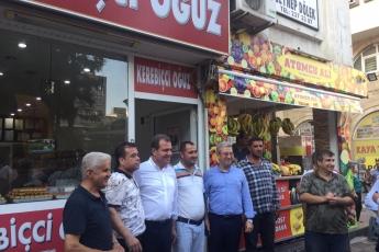 Mersin Büyükşehir Belediye Başkanı Sayın Vahap Seçer ile Mersin Çarşı Esnafını Ziyaretimiz.-04