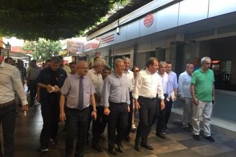 Mersin Büyükşehir Belediye Başkanı Sayın Vahap Seçer ile Mersin Çarşı Esnafını Ziyaretimiz.-07