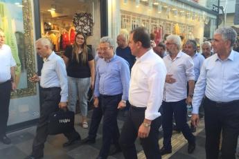 Mersin Büyükşehir Belediye Başkanı Sayın Vahap Seçer ile Mersin Çarşı Esnafını Ziyaretimiz.-08