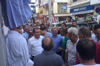 Mersin Büyükşehir Belediye Başkanı Sayın Vahap Seçer ile Mersin Çarşı Esnafını Ziyaretimiz.-09